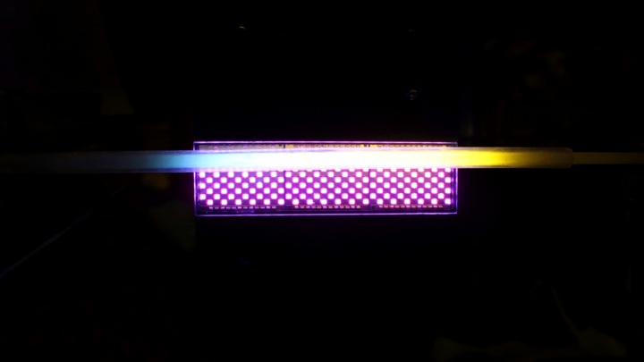 UV-Vernetzung (c)